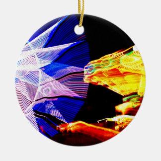 El azul y el amarillo enfocaron monta favorablemen ornamento de reyes magos