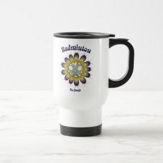El bádminton no droga la flor taza de café