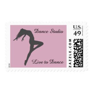 El bailarín retira la silueta personalizada sellos