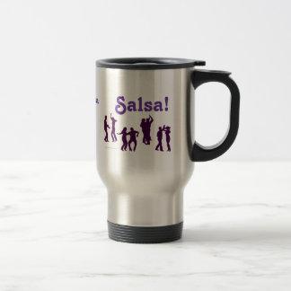 El baile de la salsa presenta las siluetas de enca taza de café