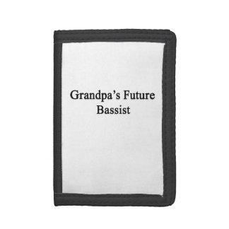 El bajista futuro del abuelo