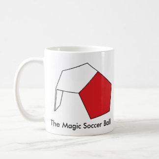 El balón de fútbol mágico tazas de café