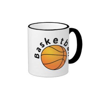El baloncesto se divierte la bola y la fraseología taza de café