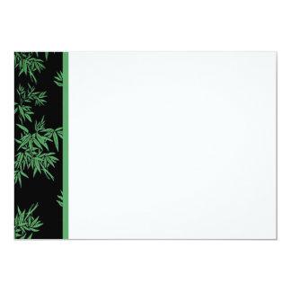 El bambú verde sale de la invitación del panel