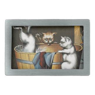 El baño de los gatitos - arte del vintage hebilla de cinturon rectangular