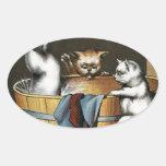 El baño de los gatitos - arte del vintage pegatina de oval personalizadas