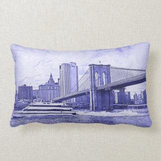 El barco del puente de Brooklyn del horizonte de Cojines