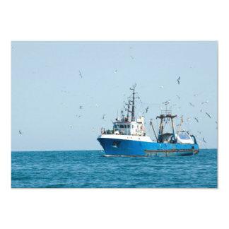 """El barco pesquero vuelve al puerto invitación 5"""" x 7"""""""
