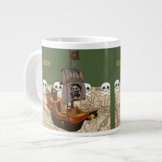 El barco pirata del dibujo animado personaliza taza grande