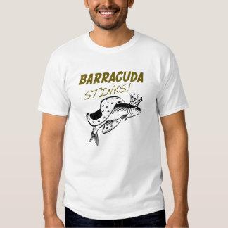 El Barracuda apesta la camiseta Poleras