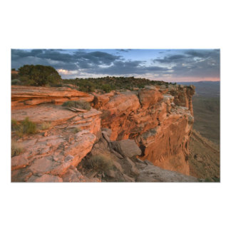 El barranco pasa por alto en la isla en el cielo impresión fotográfica