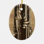 El Bassoon cierra el colgante del ornamento Adornos