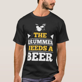 El batería necesita una cerveza playera