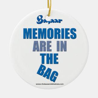 El bazar las memorias está en ornamento de Navida