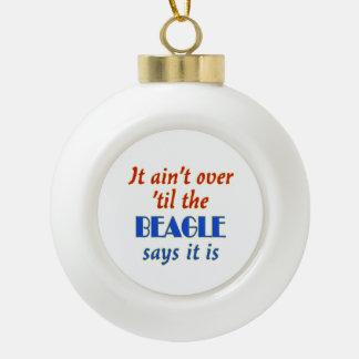 El beagle dice (el personalizable) adorno de cerámica en forma de bola