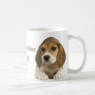 El beagle mis niños tiene taza de 4 piernas