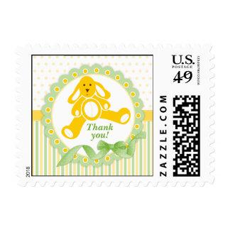 El bebé amarillo del conejito le agradece los sellos