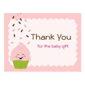 El bebé asperja al fiesta le agradece en rosa