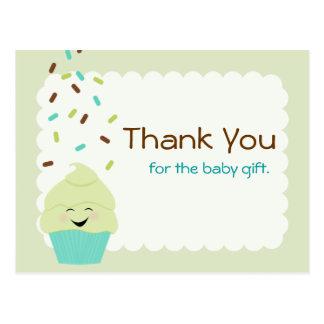 El bebé asperja le agradece neutral del género