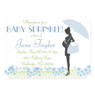 El bebé azul de la silueta asperja invitación 12,7 x 17,8 cm