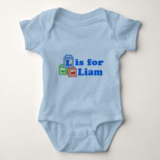 El bebé bloquea a Liam Remera
