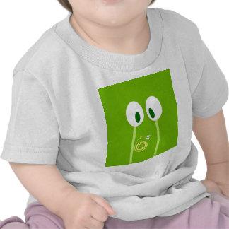 El bebé caracol se sube por las antenas de papá camiseta