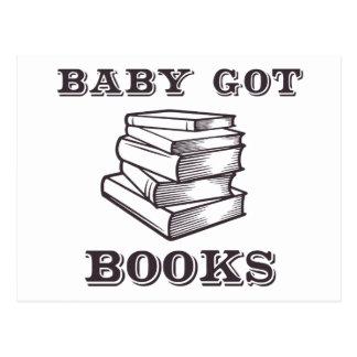 El bebé consiguió los libros postal