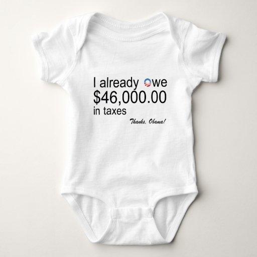 El bebé debe $46k en impuestos playera