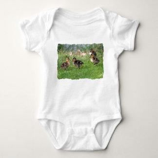 El bebé Ducks la foto Tee Shirts