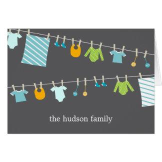 El bebé elegante de la cuerda para tender la ropa  tarjeta pequeña