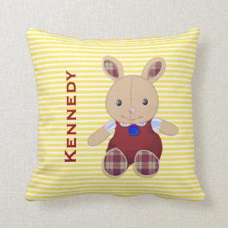 El bebé embroma el monograma personalizado conejo cojin