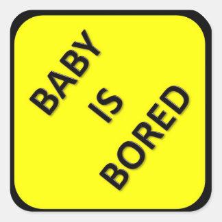 El bebé es pegatina aburrido