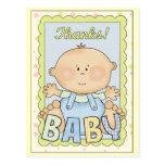 El bebé le agradece cardar tarjeta postal