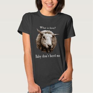 El bebé no me reúne las ovejas remeras