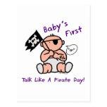 El bebé primero habla como un día del pirata postal