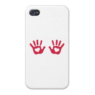 El bebé rojo da corazones iPhone 4 coberturas