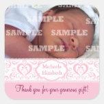 El bebé rosado dulce de la banda le agradece los pegatina cuadrada