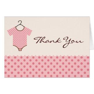 El bebé rosado le agradece las tarjetas