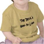 El bebé T de las Hijo-En-Leyes del diablo Camisetas