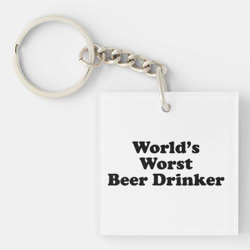 El bebedor de la cerveza peor del mundo llavero