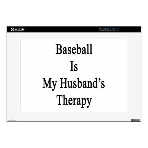 El béisbol es la terapia de mi marido calcomanía para portátil