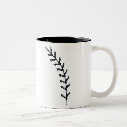 El béisbol es una imagen del corazón de la puntada taza de café