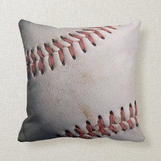 El béisbol se divierte la bola cojín decorativo