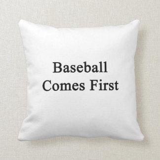 El béisbol viene primero