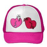 El besarse de los corazones gorra