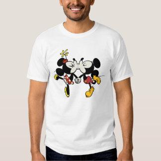 El besarse de Mickey y de Minnie Remeras