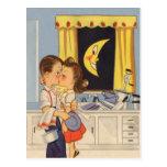 El besarse sobre platos tarjetas postales