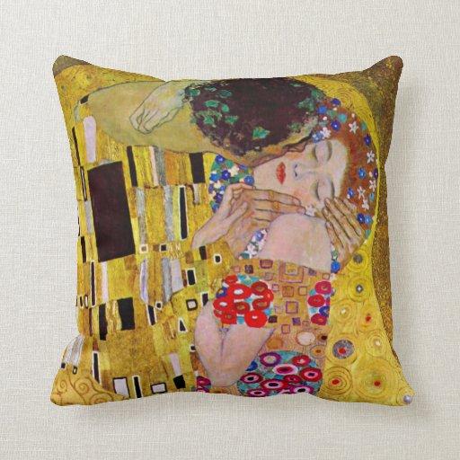 El beso de Gustavo Klimt, arte Nouveau del vintage Almohada