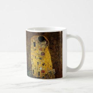 El beso de Gustavo Klimt Taza Básica Blanca