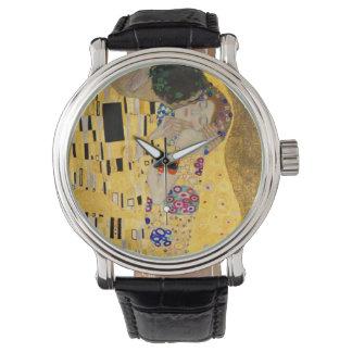 El beso en fondo negro reloj de mano